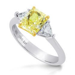 platinum-fancy-yellow-radiant-triangle-diamond-ring